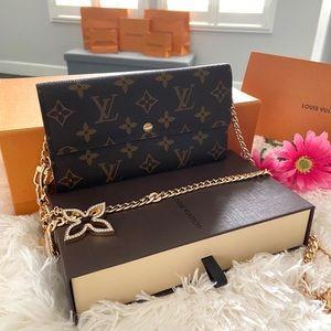 ❤️LV Sarah Large Zip Wallet Small Crossbody Bag❤️